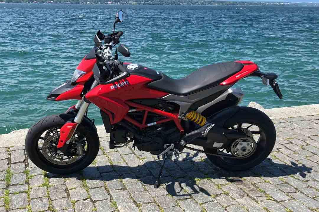 ducati-939-hypermotard-01