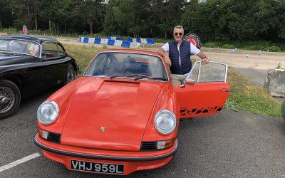 Qu'est-ce qu'une queue de canard et une voiture peuvent bien faire ensemble ?